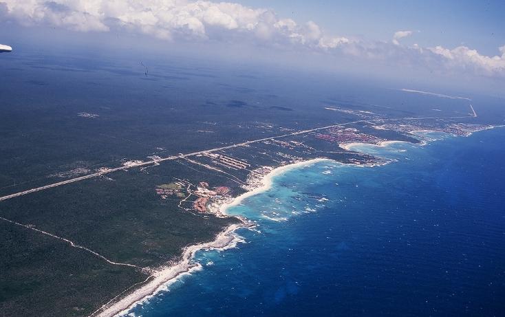 Foto de terreno comercial en venta en  , puerto aventuras, solidaridad, quintana roo, 1258149 No. 02