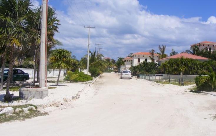 Foto de terreno habitacional en venta en  , puerto morelos, benito juárez, quintana roo, 2642914 No. 01