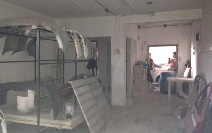 Foto de edificio en venta en  , región 100, benito juárez, quintana roo, 1317731 No. 06
