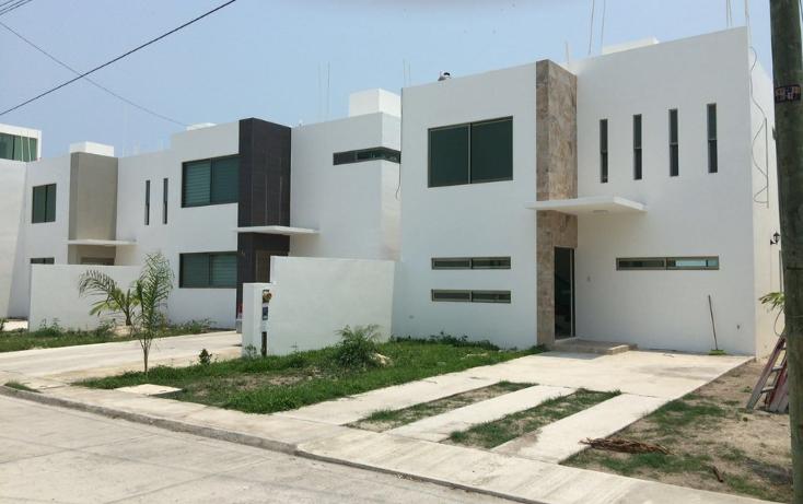 Foto de casa en venta en  , residencial del lago, carmen, campeche, 1976492 No. 01