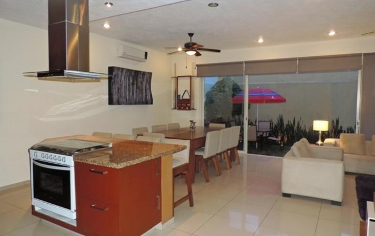 Foto de casa en venta en  , residencial fluvial vallarta, puerto vallarta, jalisco, 742601 No. 01