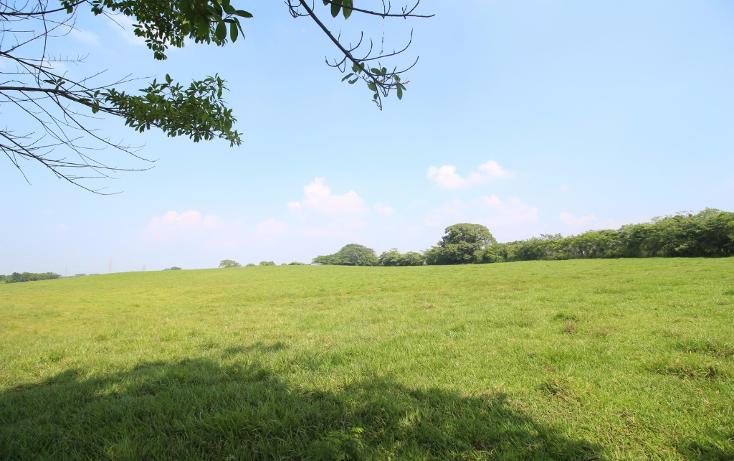 Foto de terreno habitacional en venta en  , residencial lomas de parrilla huapinol, centro, tabasco, 1521370 No. 01