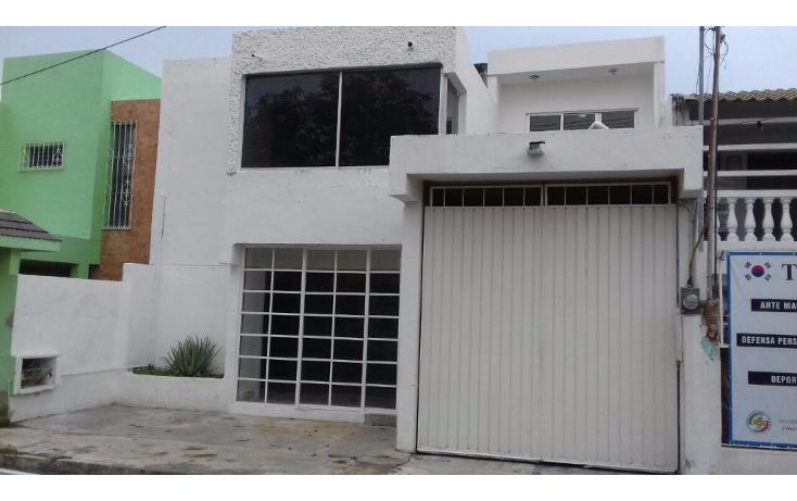 Foto de edificio en renta en  , residencial pensiones i y ii, mérida, yucatán, 1974786 No. 01