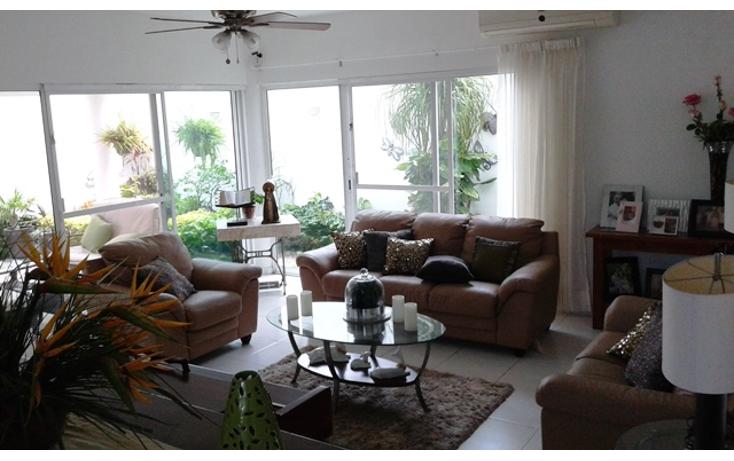 Foto de casa en venta en  , residencial sol campestre, m?rida, yucat?n, 1429999 No. 02