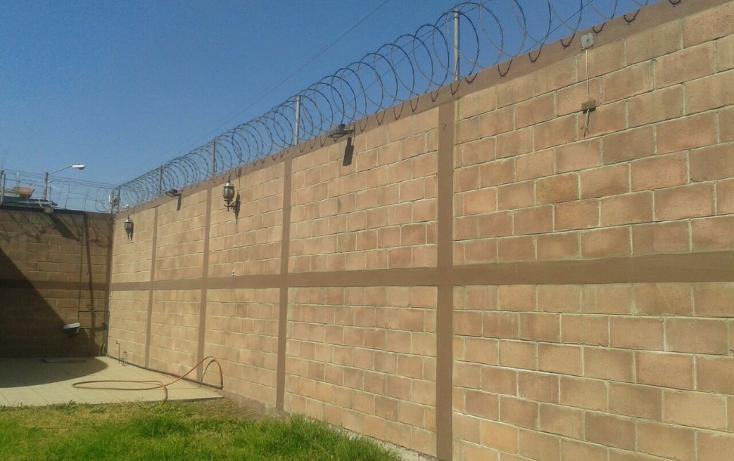 Foto de edificio en renta en  , san cristóbal centro, ecatepec de morelos, méxico, 1070609 No. 02
