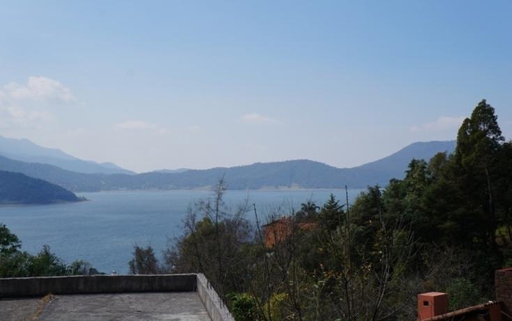 Foto de terreno habitacional en venta en  , santa maría ahuacatlan, valle de bravo, méxico, 829653 No. 02