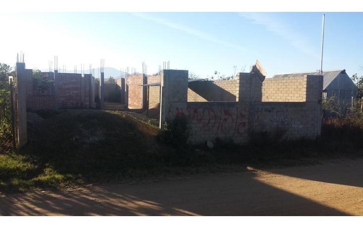 Foto de terreno habitacional en venta en  , santa maria atzompa, santa mar?a atzompa, oaxaca, 790707 No. 02