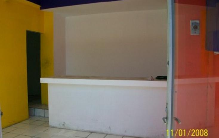 Foto de edificio en venta en  , santa rosa, chihuahua, chihuahua, 1057029 No. 02