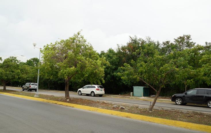 Foto de terreno comercial en venta en  , supermanzana 17, benito juárez, quintana roo, 1459473 No. 02