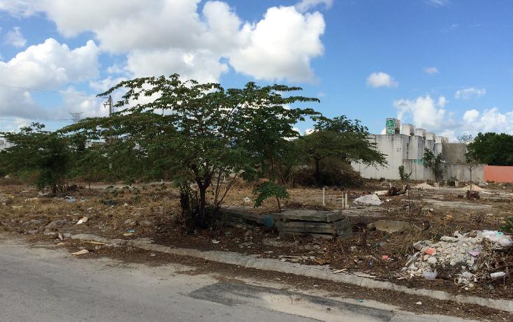 Foto de terreno habitacional en venta en  , supermanzana 216, benito juárez, quintana roo, 1956608 No. 02