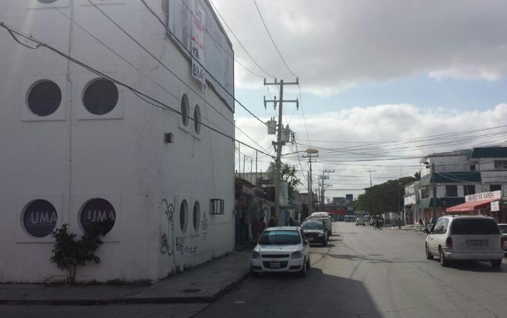 Foto de edificio en renta en  , supermanzana 65, benito juárez, quintana roo, 2626064 No. 02