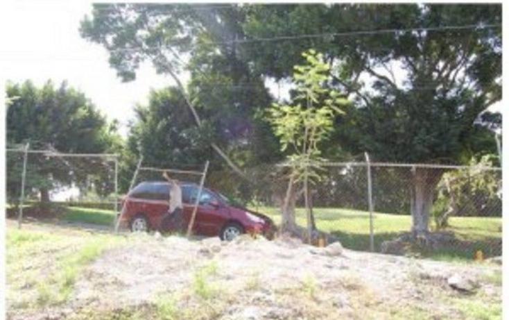 Foto de terreno habitacional en venta en  , tabachines, cuernavaca, morelos, 1684344 No. 02