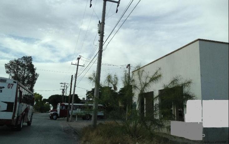 Foto de terreno comercial con id 396165 en venta en alamos 12 los álamos no 04