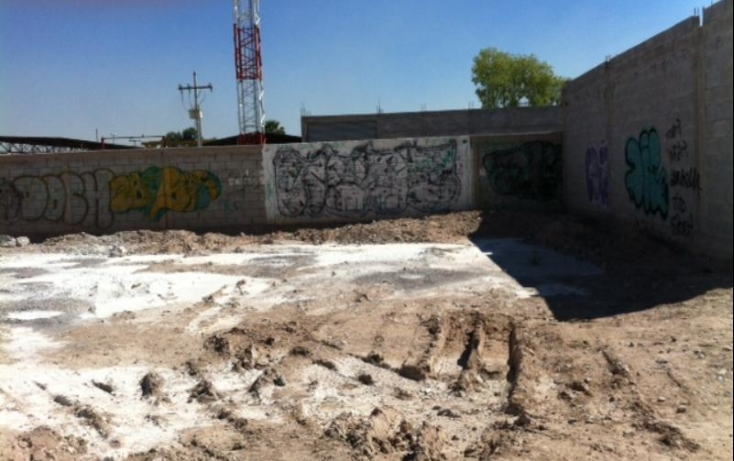 Foto de terreno habitacional con id 424390 en renta los álamos no 06