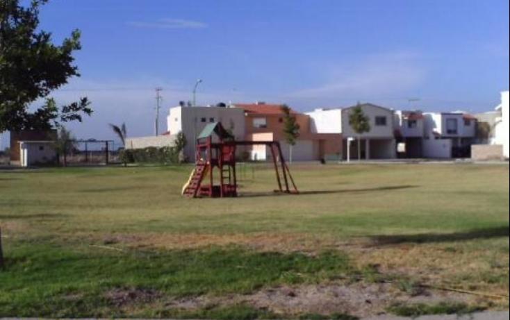 Foto de terreno habitacional con id 416353 en venta el tajito no 05