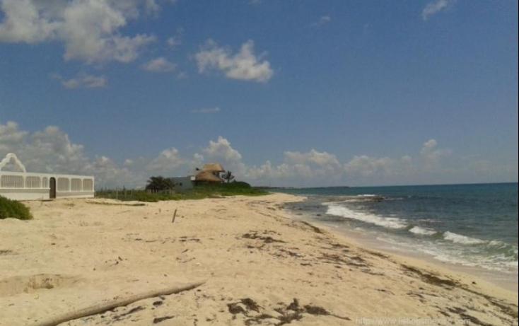 Foto de terreno habitacional con id 480728 en venta en zona federal maritima terrestre 2 puerto morelos no 07