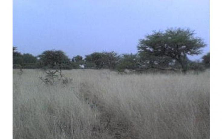 Foto de terreno industrial con id 50973 en venta en del moral sn colón centro no 02