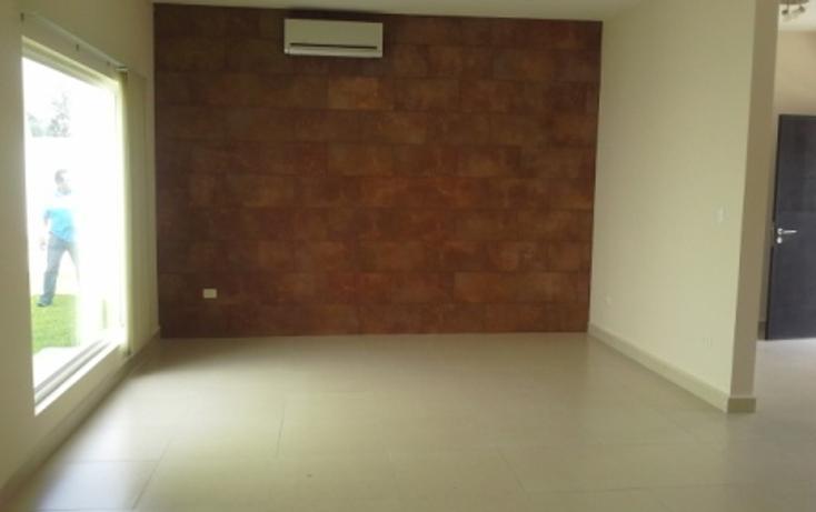 Foto de casa en venta en  , valle alto, monterrey, nuevo león, 1238455 No. 02