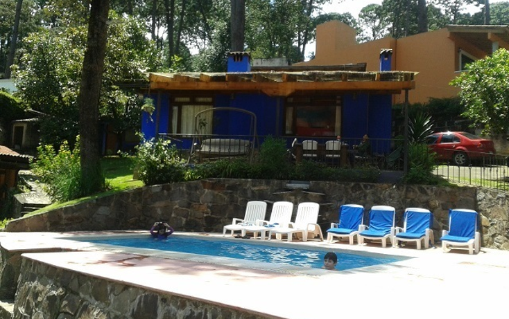 Foto de casa en venta en  , avándaro, valle de bravo, méxico, 1985723 No. 01
