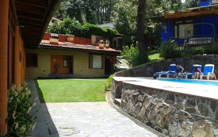Foto de casa en venta en  , avándaro, valle de bravo, méxico, 1985723 No. 02