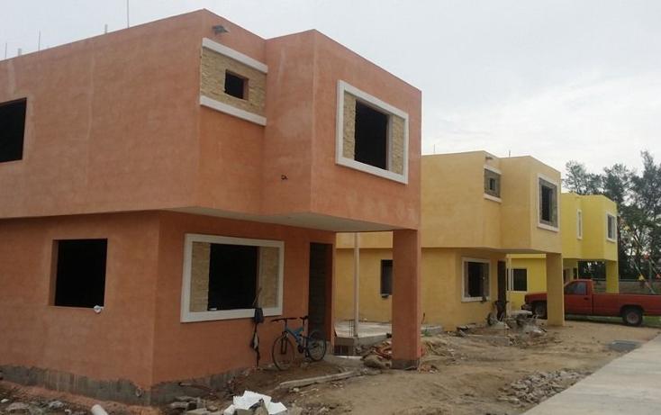 Foto de casa en venta en  , vicente guerrero, tampico, tamaulipas, 2626124 No. 01