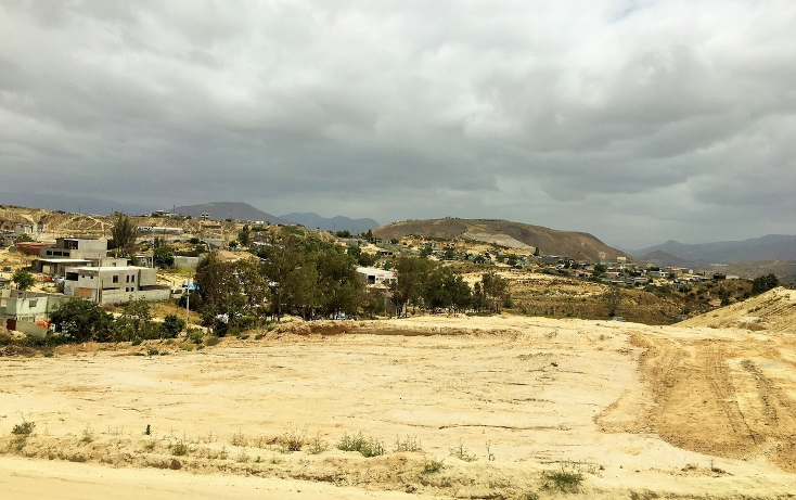 Foto de terreno habitacional en venta en  , villa cruz, tijuana, baja california, 1948490 No. 02