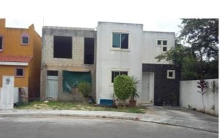 Foto de casa en venta en  , villa zona dorada, mérida, yucatán, 2015230 No. 01