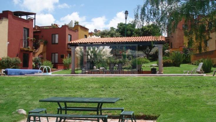 Foto de casa en condominio en venta en  , villas de allende, san miguel de allende, guanajuato, 600918 No. 01