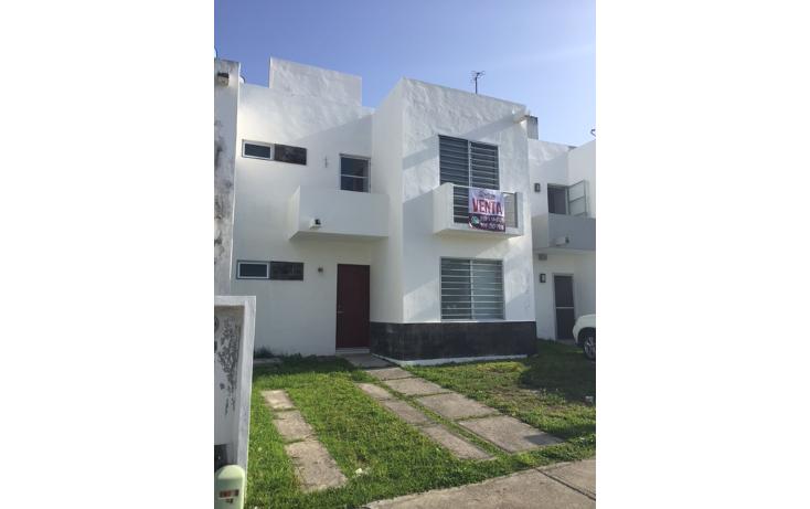Foto de casa en venta en  , villas del arte, benito juárez, quintana roo, 2041992 No. 01