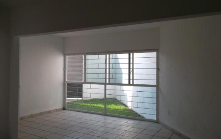 Foto de casa en venta en  , villas del descanso, jiutepec, morelos, 1994032 No. 02