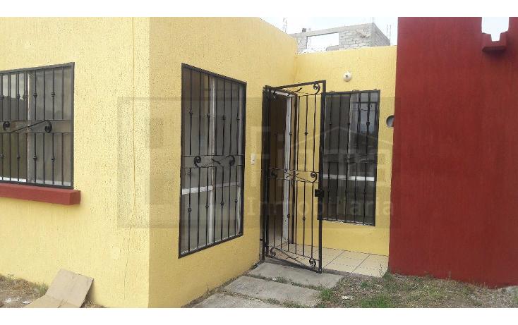 Foto de casa en venta en  , villas del roble, tepic, nayarit, 2034852 No. 01