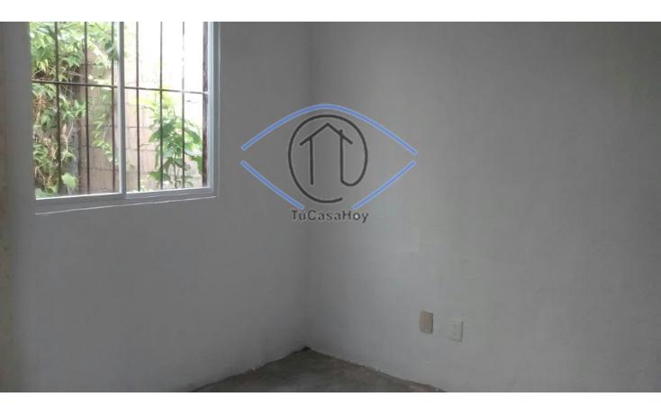 Foto de casa en venta en  , villas otoch, benito juárez, quintana roo, 1208833 No. 02