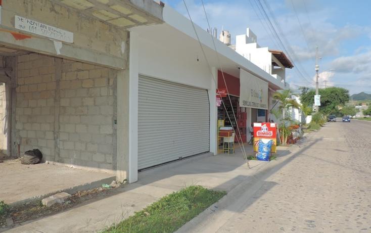 Foto de local en venta en  , villas universidad, puerto vallarta, jalisco, 2734188 No. 02