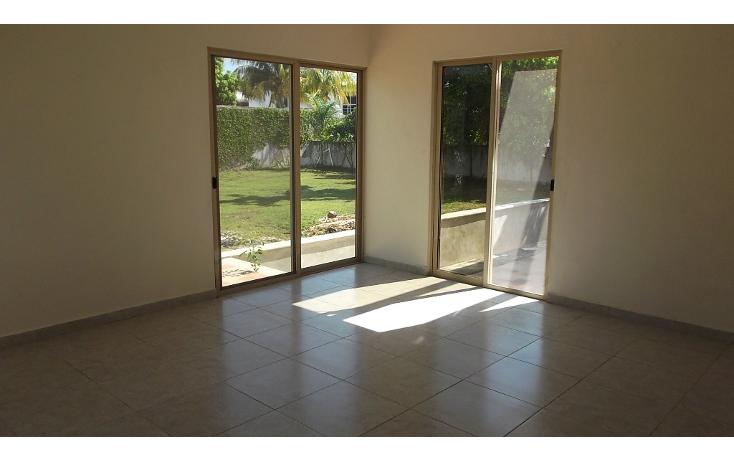 Foto de casa en venta en  , vista alegre, mérida, yucatán, 1038793 No. 02