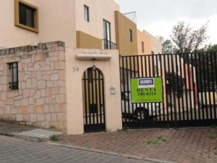 Foto de casa en condominio en renta en  , vista bella, hidalgo, michoacán de ocampo, 220883 No. 01