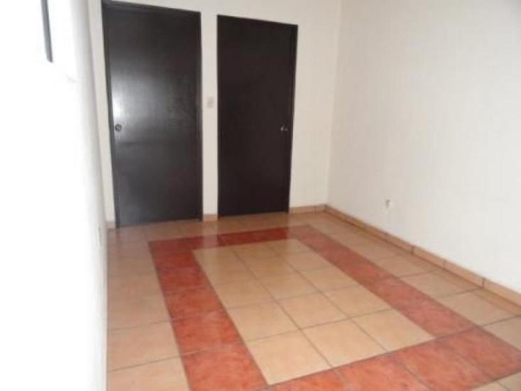 Foto de casa en condominio en renta en  , vista bella, hidalgo, michoacán de ocampo, 220883 No. 06