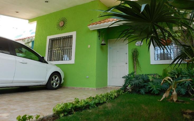 Foto de casa en venta en  , xoclan santos, mérida, yucatán, 1943801 No. 01