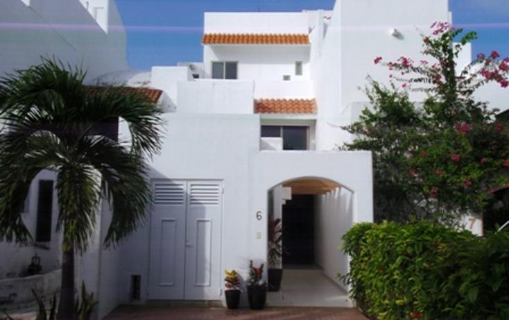 Foto de casa en renta en  , zona hotelera, benito ju?rez, quintana roo, 1200005 No. 01