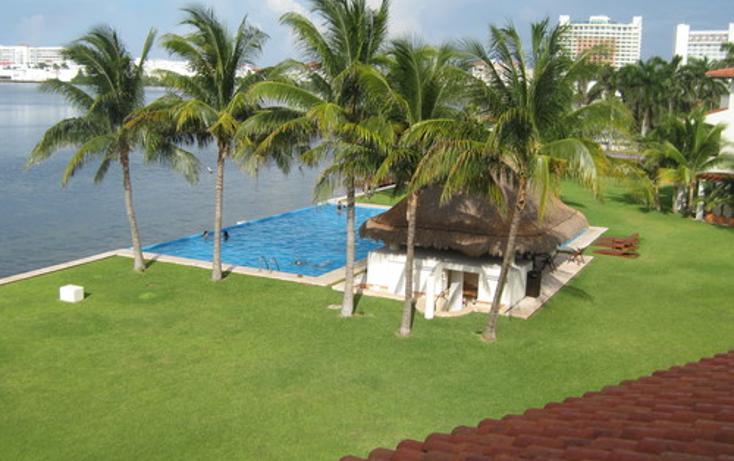 Foto de departamento en venta en  , zona hotelera, benito ju?rez, quintana roo, 1255879 No. 02