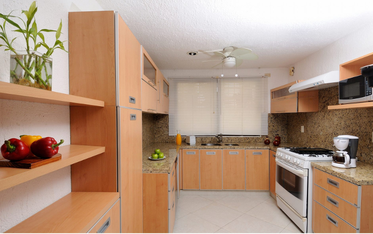 Foto de casa en venta en  , zona hotelera, benito juárez, quintana roo, 1578506 No. 02