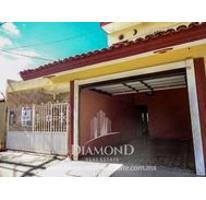 Foto de casa en venta en  , 20 de noviembre, mazatlán, sinaloa, 2836525 No. 01