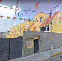 Foto de casa en venta en Santa Isabel Tola, Gustavo A. Madero, Distrito Federal, 4497780,  no 01
