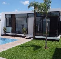 Foto de casa en venta en  , algarrobos desarrollo residencial, mérida, yucatán, 4290700 No. 01