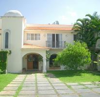 Foto de casa en venta en  , club de golf la ceiba, mérida, yucatán, 2737621 No. 01