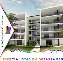 Foto de departamento en venta en Zona Santa Engracia, San Pedro Garza García, Nuevo León, 2930707,  no 01