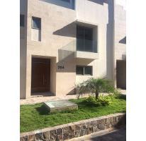 Foto de casa en venta en  , jardines coloniales 1er sector, san pedro garza garcía, nuevo león, 2958836 No. 01