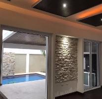 Foto de casa en venta en  , las cumbres 2 sector, monterrey, nuevo león, 3990977 No. 01