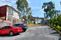 Propiedad similar 2102315 en Lomas de La Hacienda.