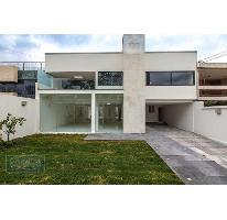 Foto de casa en venta en  , lomas de tecamachalco, naucalpan de juárez, méxico, 2744700 No. 01