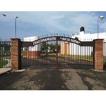 Foto de terreno habitacional en venta en  , manantiales del parían, morelia, michoacán de ocampo, 1111801 No. 01
